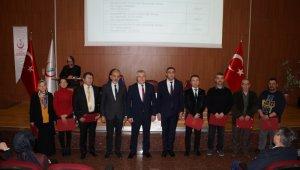 Aydın'da kanser taramalarında başarılı olan sağlık personelleri ödüllendirildi