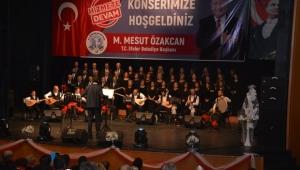Efeler Belediyesi'nden türkü ziyafeti