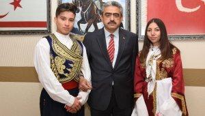 Başkan Alıcık, halk dansları ekiplerini ağırladı