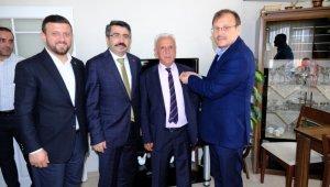 CHP'nin HDP ile gizli ittifakına tepki gösterip 50 yıllık partisinden istifa etti