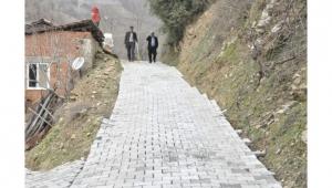 Nazilli Belediyesi Yaylapınar ve Bağcıllı mahallelerinde yolları yeniledi.