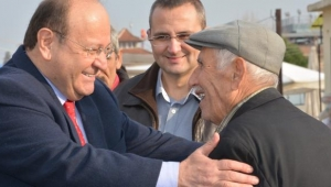 Özakcan Yaşlılara Saygı Haftası mesajı yayımladı