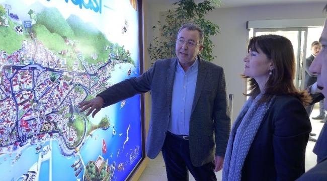Yunanistan İzmir Başkonsolosu, Kuşadası Ticaret Odası'nı ziyaret etti