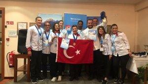 Davutlar MYO'lu aşçılar 1 altın, 2 gümüş ve 4 bronz madalya kazandı