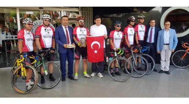 Nazilli'nin toprağını bisikletle Anıtkabir'e taşıyacaklar