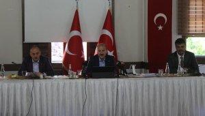 """İçişleri Bakanı Süleyman Soylu: """"Tunceli'de 5 terörist mağarada kıstırıldı"""""""