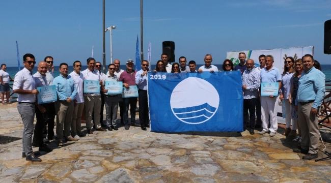 Kuşadası'nın 2019 yılı mavi bayrakları dalgalanmaya başladı