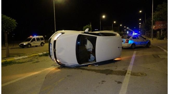 Otomobilin takla attığı yere sonradan gelen kişi, sürücü olduğuna polisi ikna edemedi
