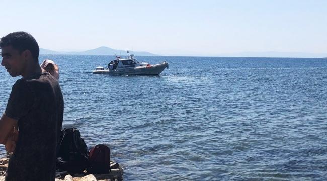 Göçmenler adada tekne beklerken yakalandı