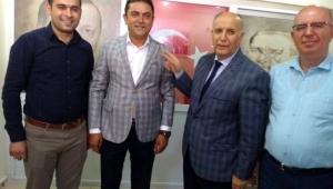İYİ Partili meclis üyesi istifa edip AK Parti'ye geçti