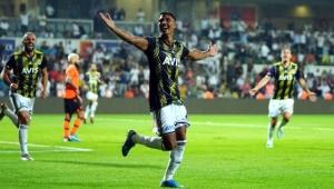 Fenerbahçe son dakikada güldü