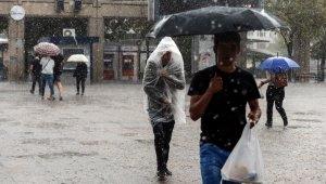İstanbul'da yağmur manzaraları