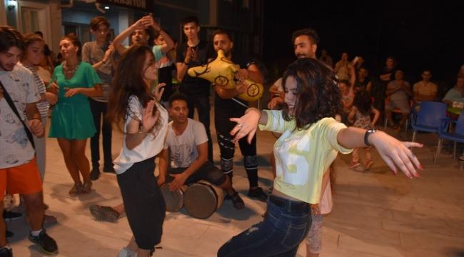 Karacasu'da 32. Afrodisias Kültür, Sanat ve Tanıtım Festivali büyük bir coşku içerisinde başladı.