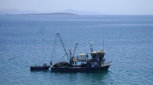 Didim'de balıkçılar denize açıldı