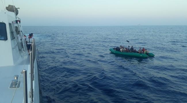 Kuşadası Körfezi'nde 31'i çocuk 83 düzensiz göçmen yakalandı