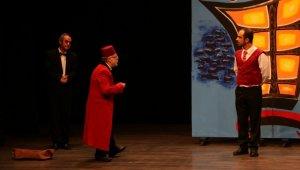 Aydın Büyükşehir Belediyesi tiyatro sezonunu açtı