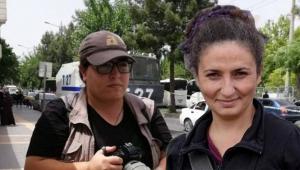 İki gazeteci tutuklandı