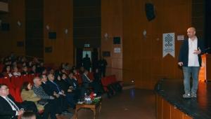 Aydın'da Ergenlik Dönemi Teknoloji Bağımlılığı Dijital Yetkinlikler Konulu Seminer Düzenlendi