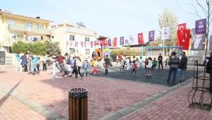 Efeler Belediyesi'nden Ovaeğmir'e çocuk parkı