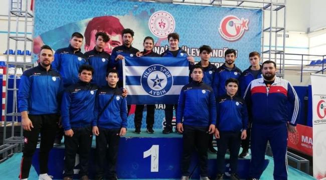 Yıldızspor halterde adını ilk şampiyonada duyurdu