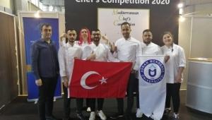 ADÜ'lü genç aşçılar Yunanistan'da bayrağımızı dalgalandırdı