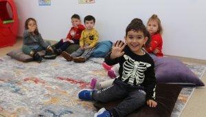 Efeler'in çocukları Başkan Atay'a emanet