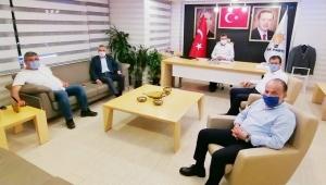 AK Parti Aydın milletvekilleri Ankara dönüşü ilk İl başkanlığını ziyaret etti