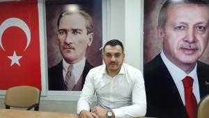 Mustafa Adsız, AK Parti Efeler İlçe Gençlik Kolları Başkanlığına adaylığını açıkladı