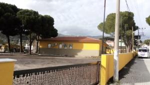 Okullar Efeler Belediyesi ile yeni görünümlerine kavuşuyor